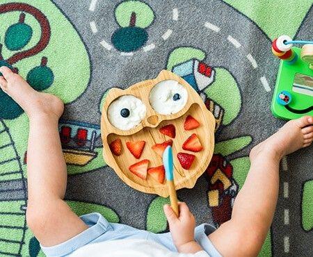 Louças e talheres para crianças